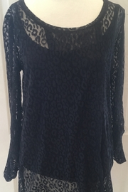 Lynn Ritchie Black lace 2-piece tunic top - Front cropped