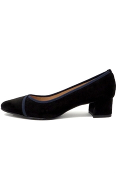 Brenda Zaro Black/navy Pump - Product List Image