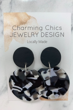 Charming Chics Black Swirl Earrings - Alternate List Image