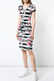 Nicole Miller Black/white Floral Dress - Product Mini Image
