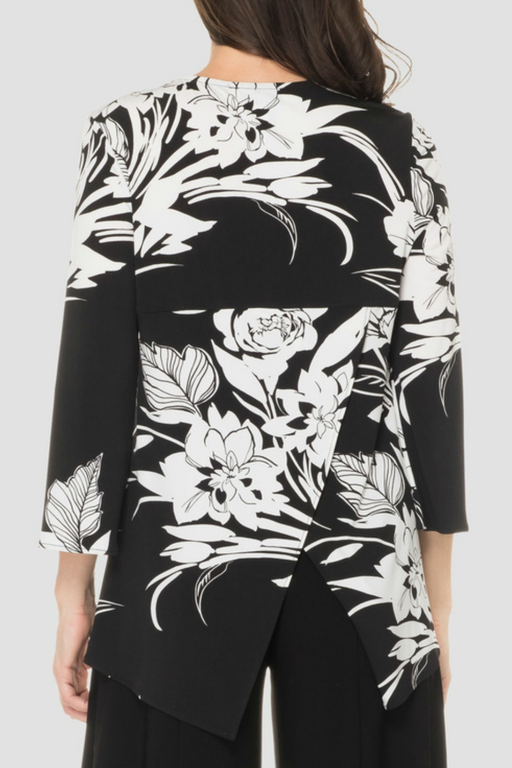 Joseph Ribkoff Black + White Floral Top - Side Cropped Image