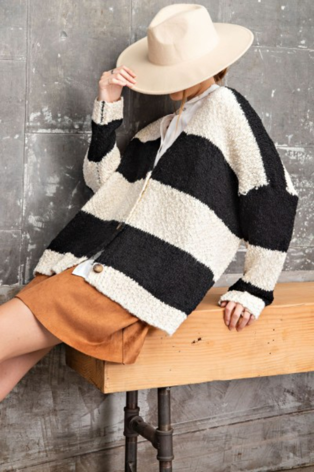 easel Black & White Opened Cardigan - Front Cropped Image