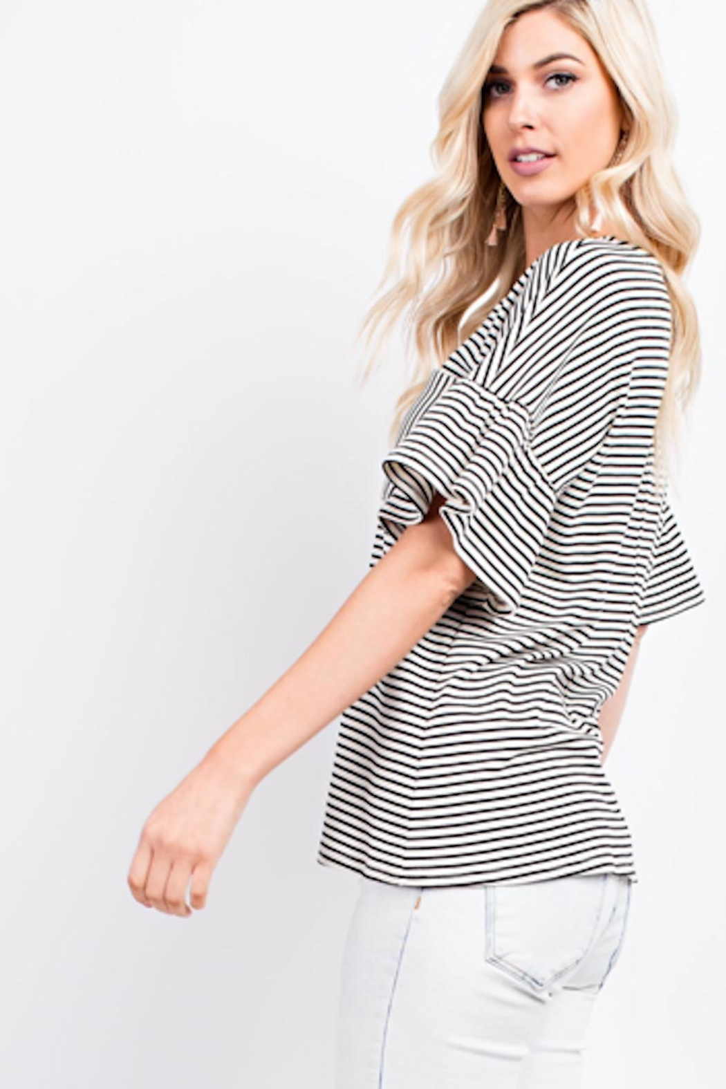 143 Story Black/white Ruffle Top - Front Full Image