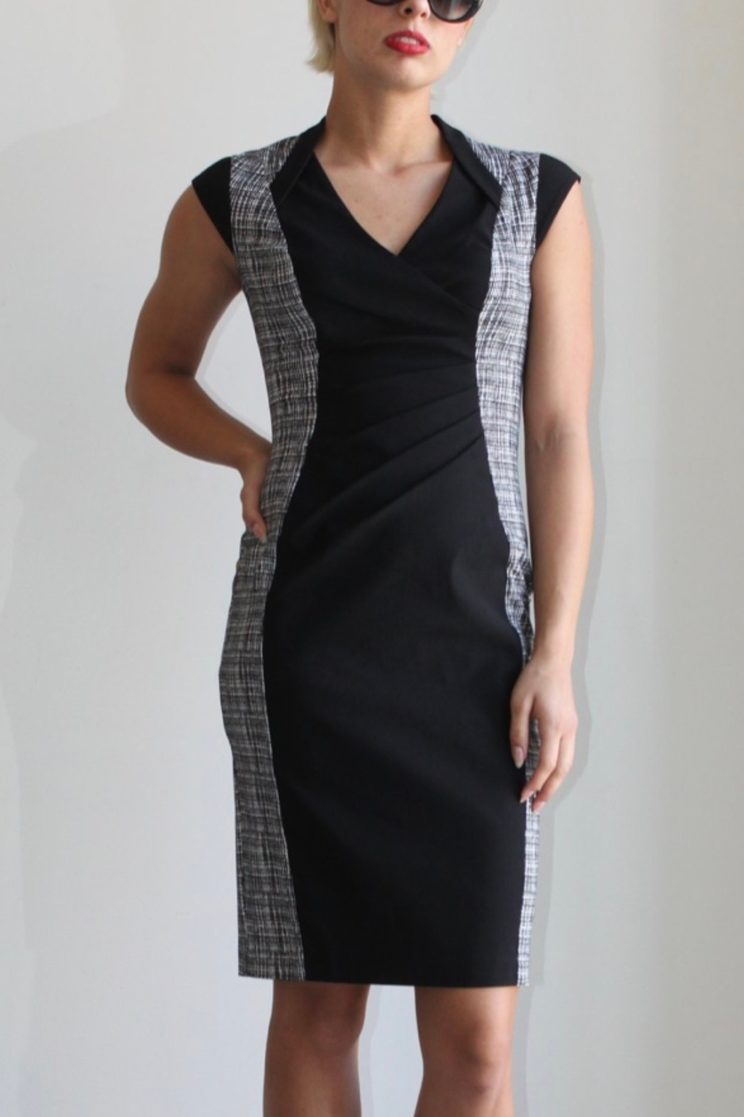 Joseph Ribkoff black & white sheath dress with cap sleeves - Front Cropped Image