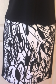 Joseph Ribkoff  black/ white slim skirt - Product Mini Image
