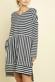 Umgee USA Black & White Striped - Front cropped