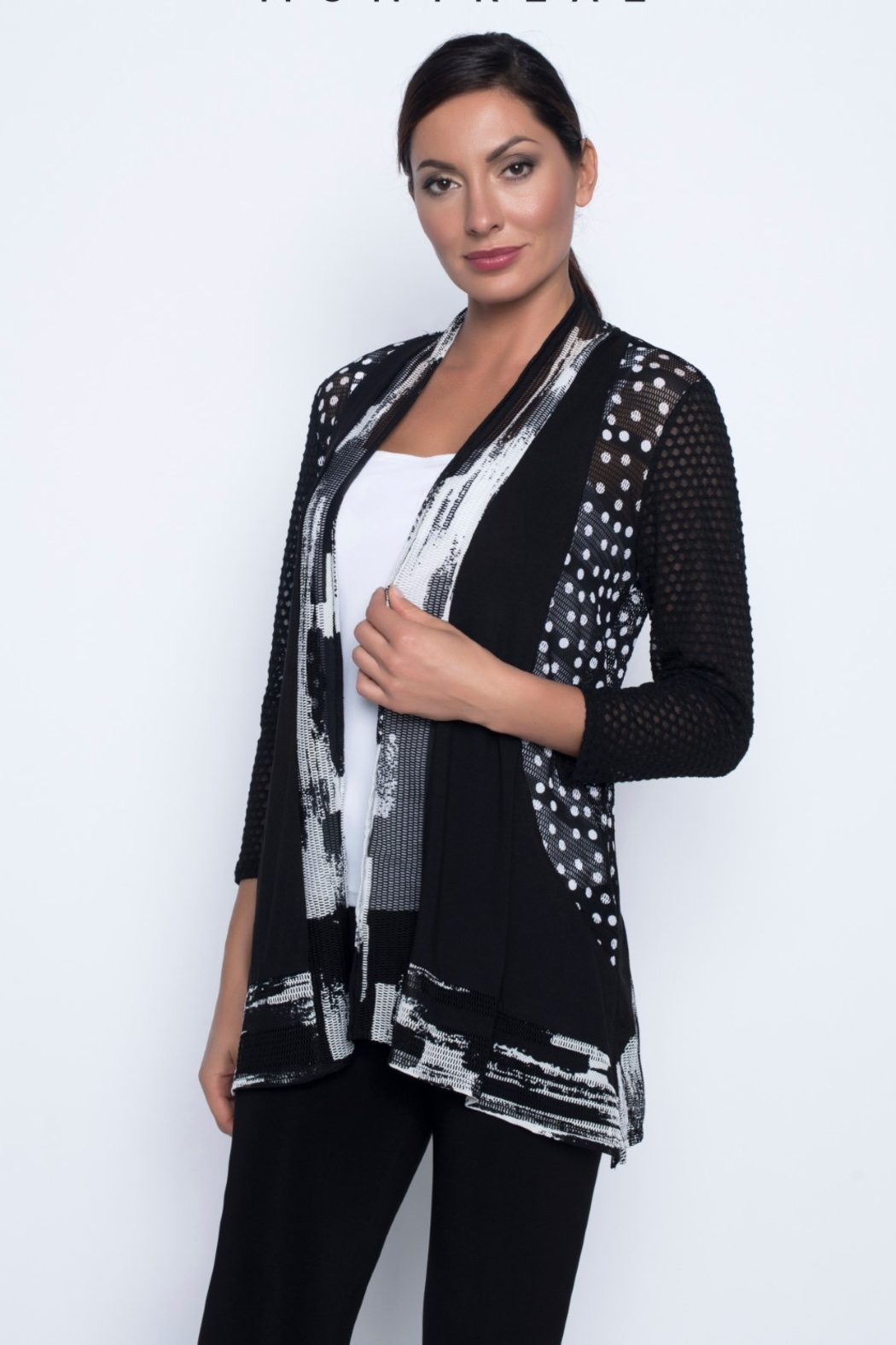 Frank Lyman Black & White  Throwover Cardigan - Front Cropped Image