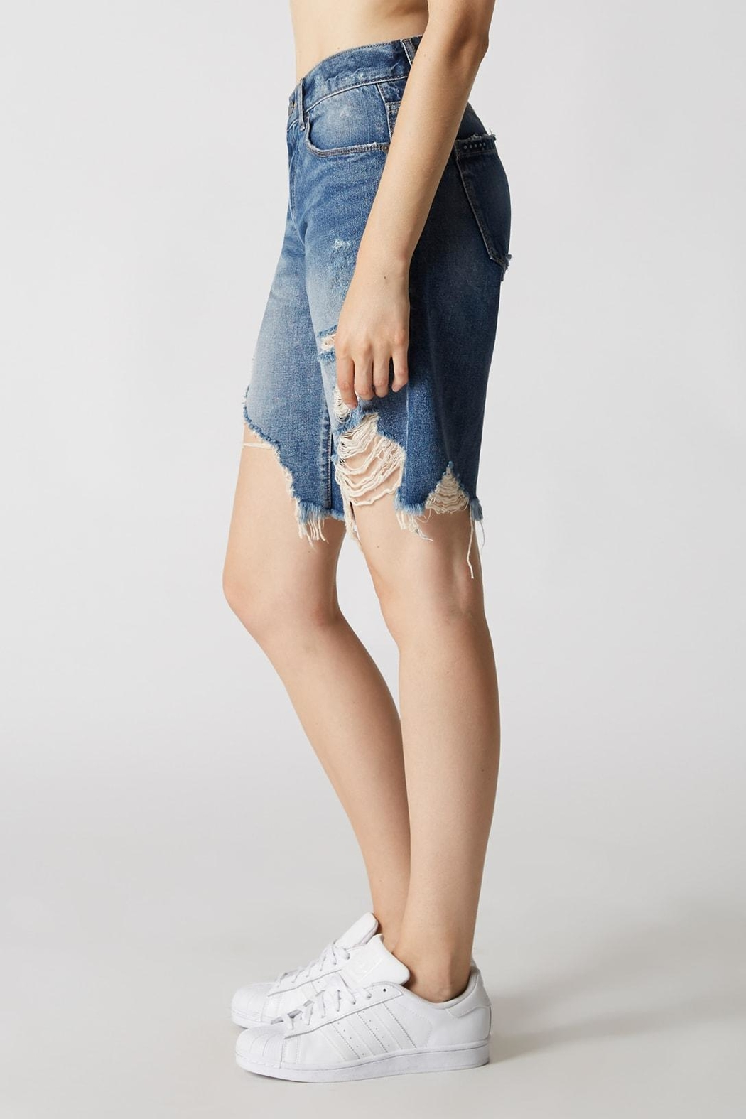Blank NYC Poster Child Shorts - Side Cropped Image