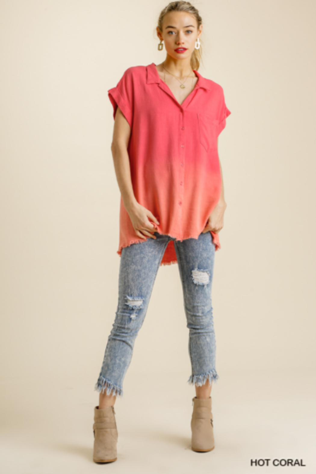 umgee  BLEACH DIP DYE TOP W/FRAY - Front Full Image