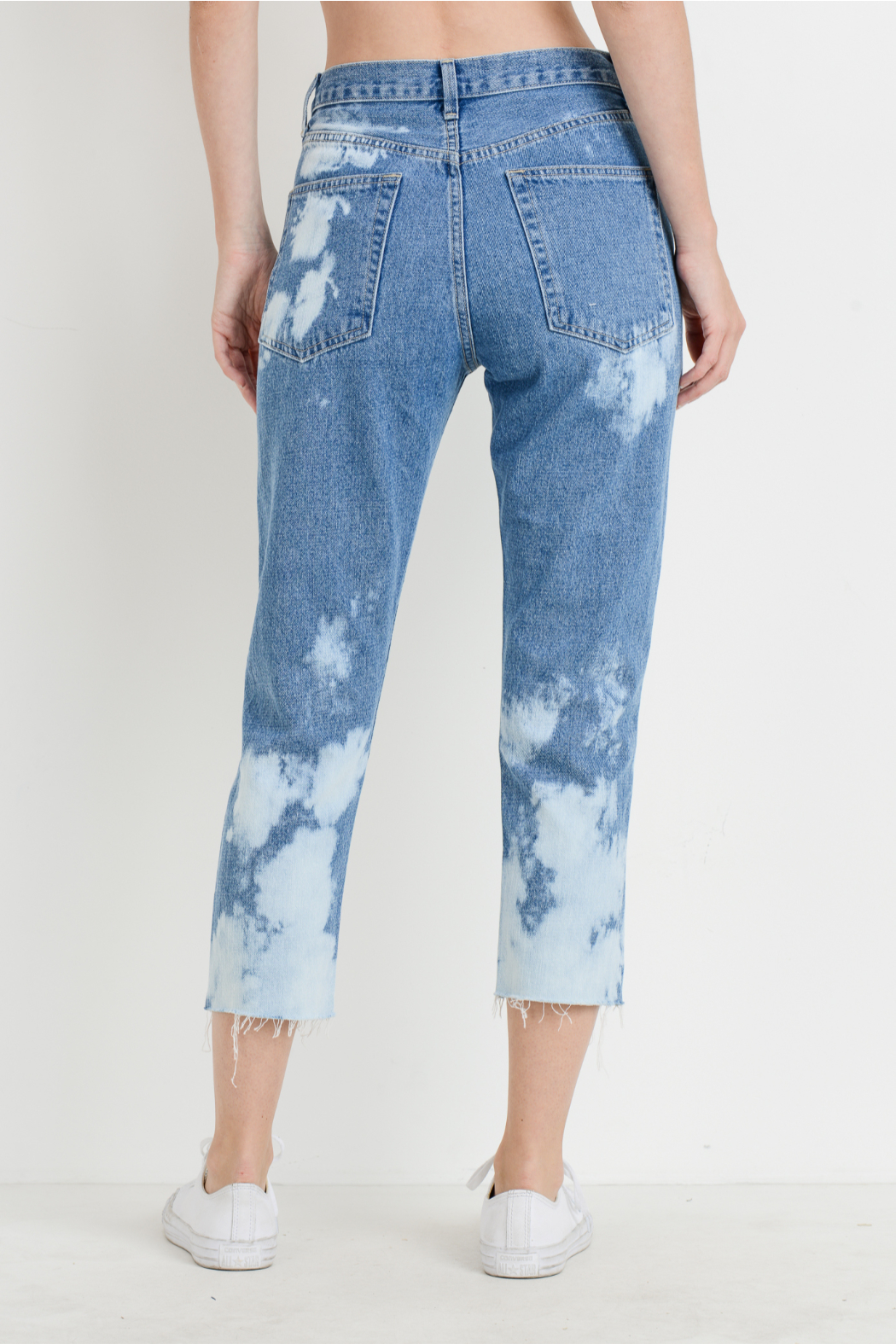 just black Bleached Mom Jeans - Side Cropped Image