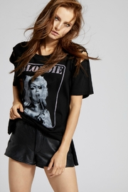 Recycled Karma BLONDIE CAPTION TEE - Front cropped