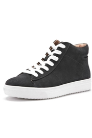 Blondo Jax Waterproof Sneaker - Front cropped
