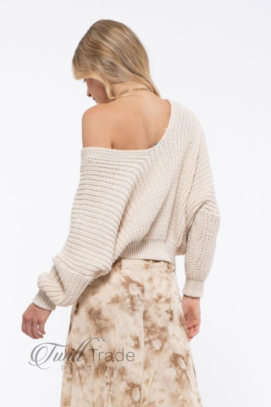 Blu Pepper Cream Slouchy Knit - Back Cropped Image