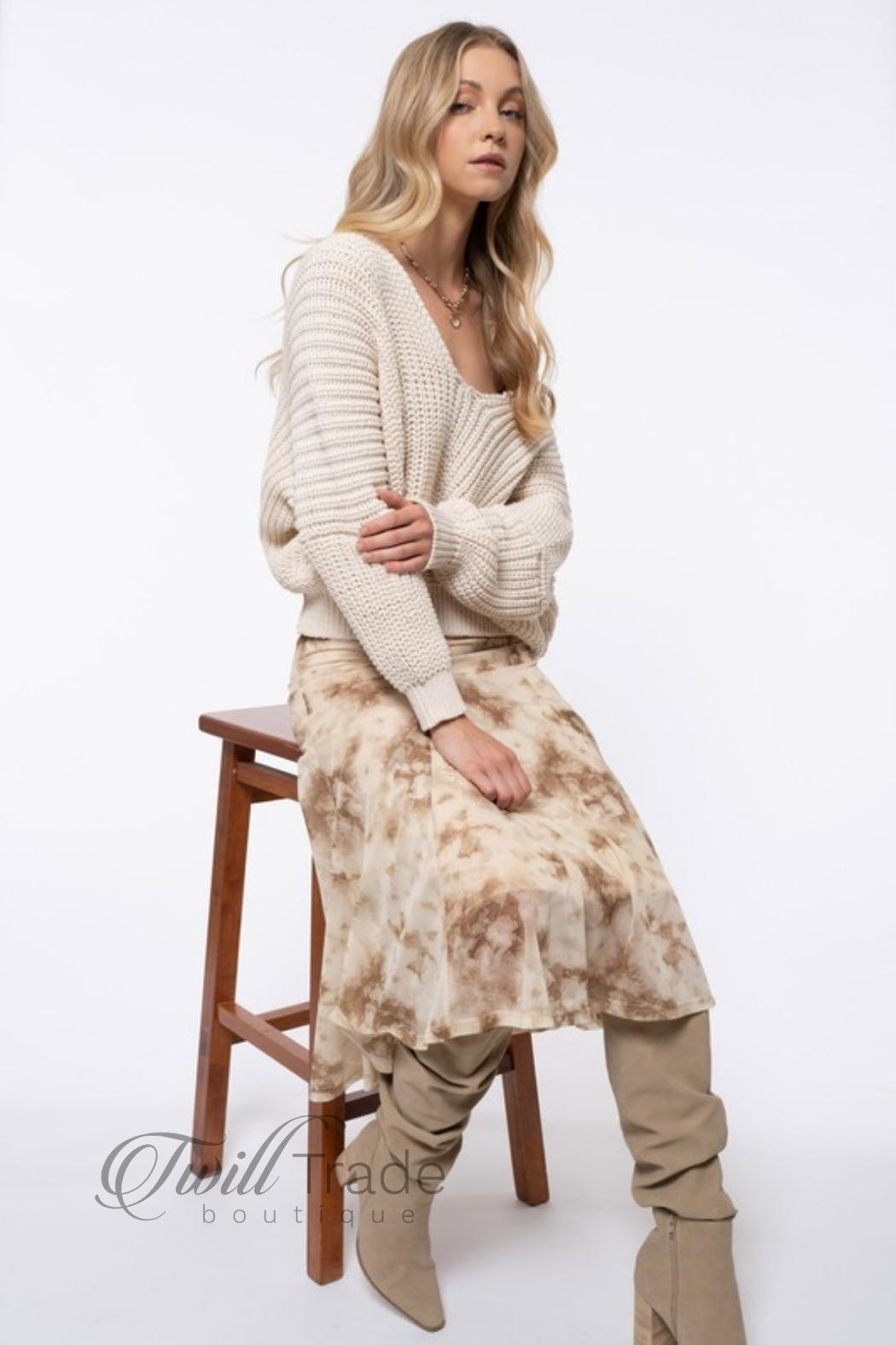 Blu Pepper Cream Slouchy Knit - Side Cropped Image
