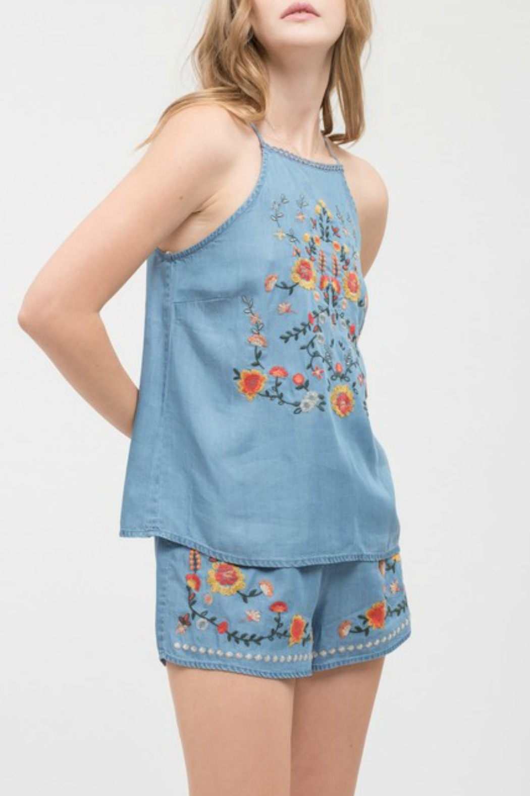 Blu Pepper Floral Embroidered Top - Side Cropped Image