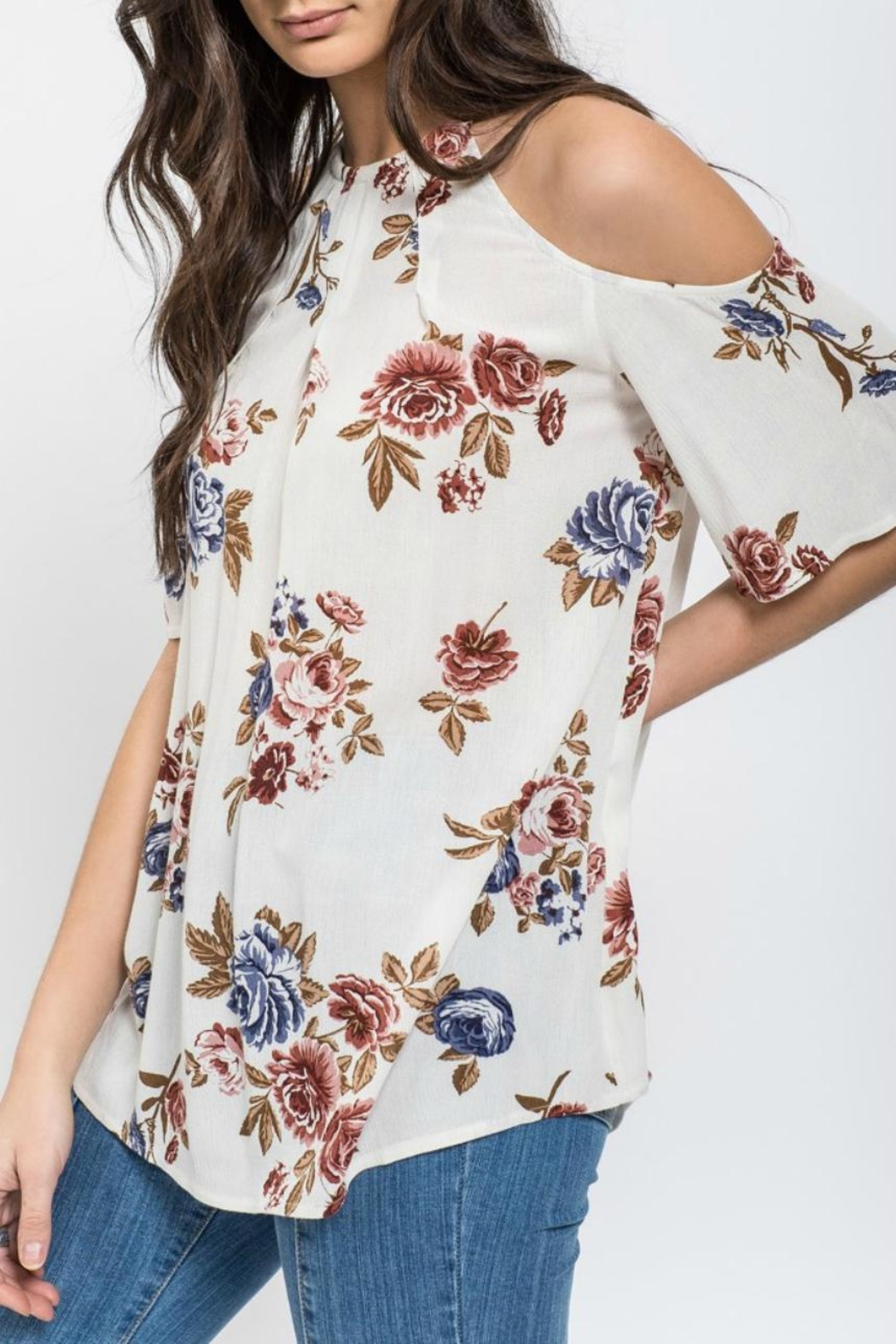 62f01123840 Blu Pepper Floral Cold Shoulder Top from Kansas by Seirer s Clothing ...