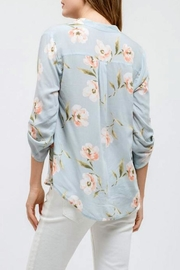 Blu Pepper Floral Print Top - Side cropped