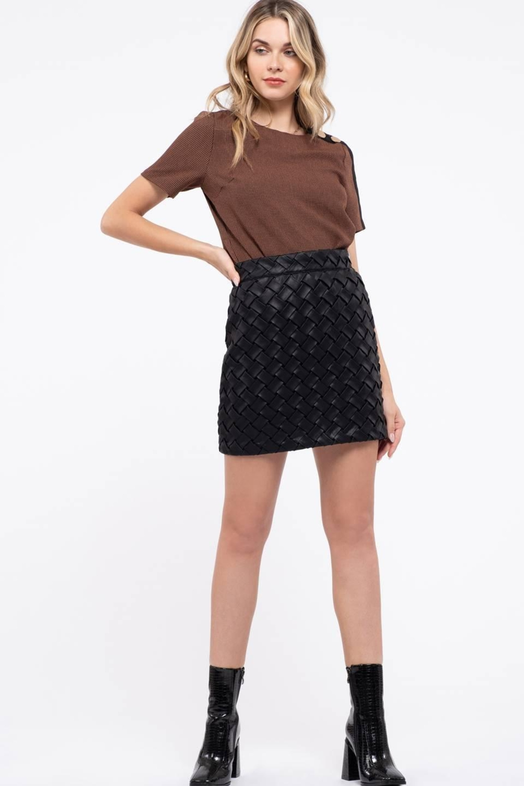 Blu Pepper Houndstooth Top - Front Full Image