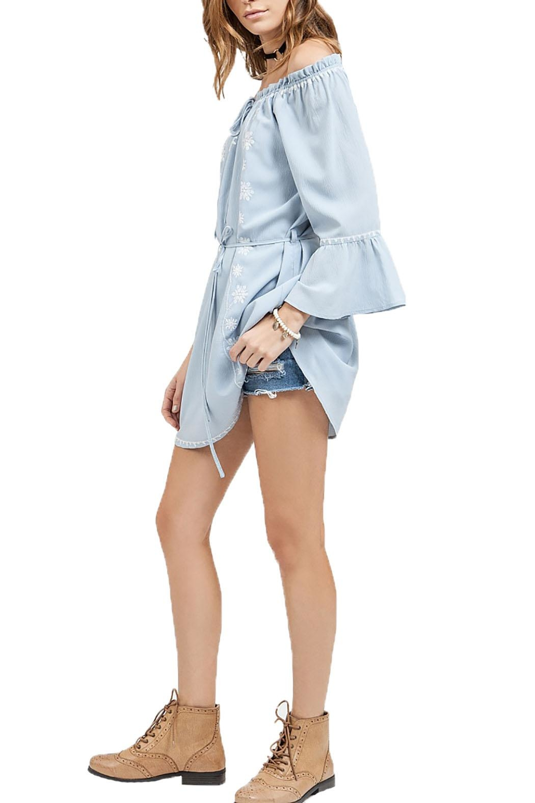 Blu Pepper Off Shoulder Dress - Side Cropped Image