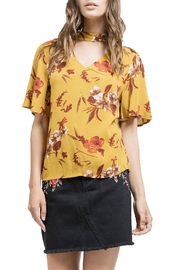 Blu Pepper V-Neck Floral Shirt - Front cropped