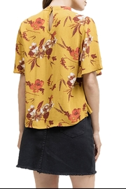 Blu Pepper V-Neck Floral Shirt - Front full body