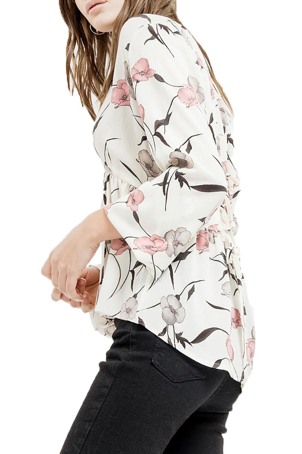 Blu Pepper V-Neck Floral Top - Side Cropped Image