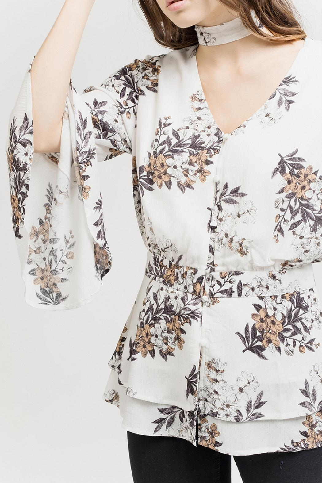 Blu Pepper White Floral Blouse - Back Cropped Image