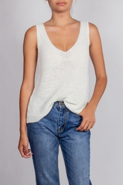 Blu Pepper White-Sleeveless Neck Knit-Tank - Front cropped