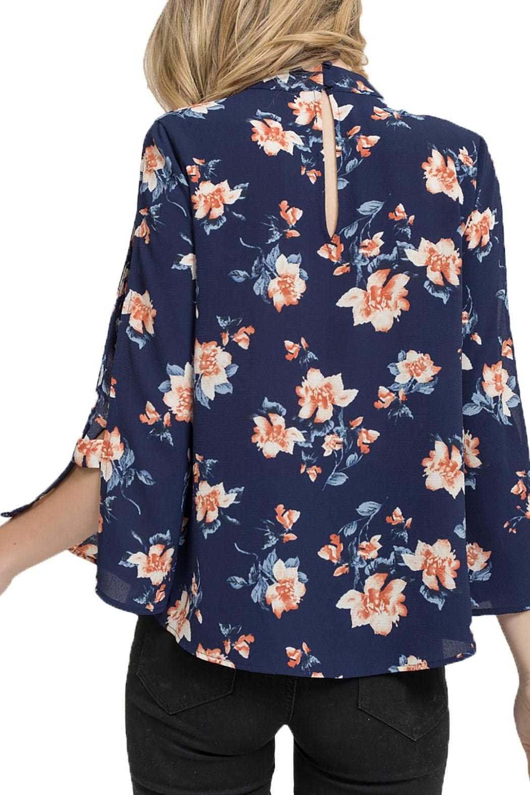 Blu Pepper Woven Top Long - Back Cropped Image