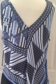 Nic+Zoe Blue and white scarf-like tunic top - Product Mini Image