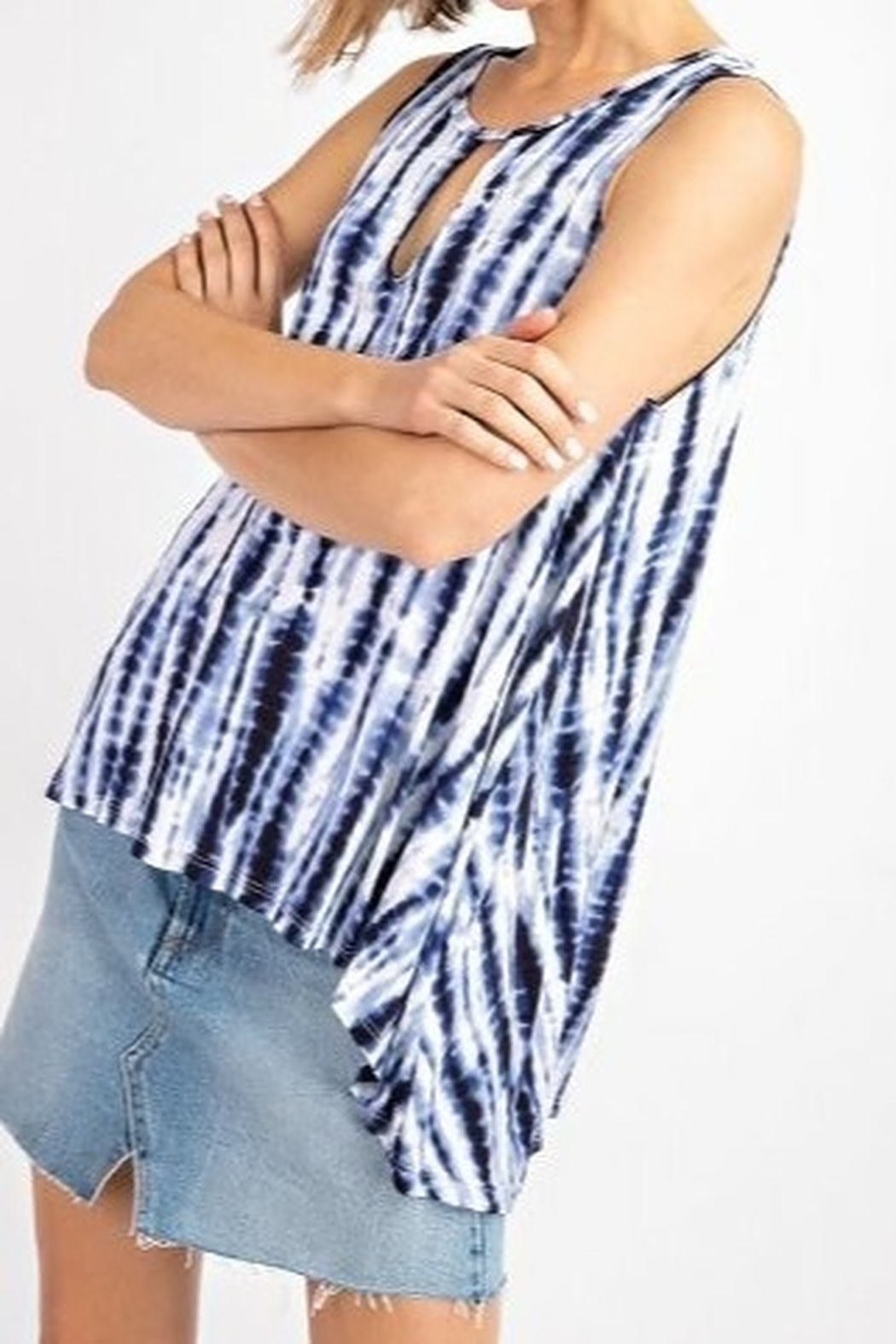 143 Story Blue and white sleeveless tie dye knit top - Front Full Image