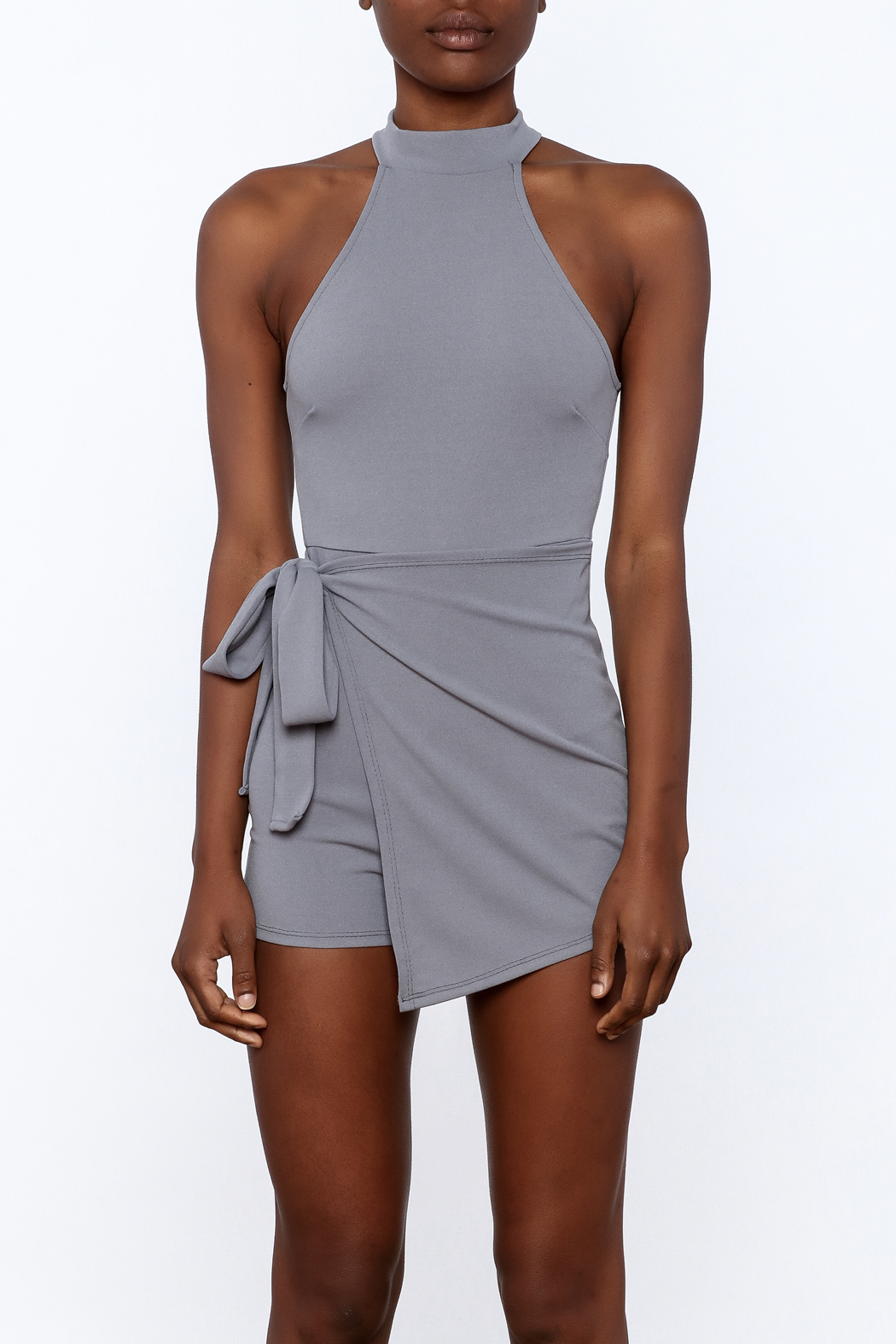 blue blush Grey Sleeveless Romper - Side Cropped Image