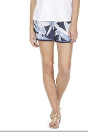 JoyJoy Blue Leaves Shorts - Front cropped