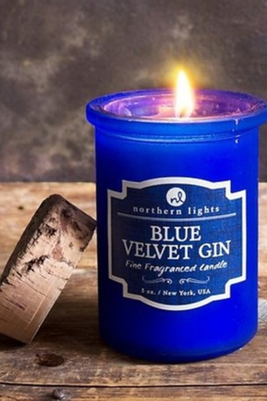 Phinas Blue Velvet Gin Candle - Main Image