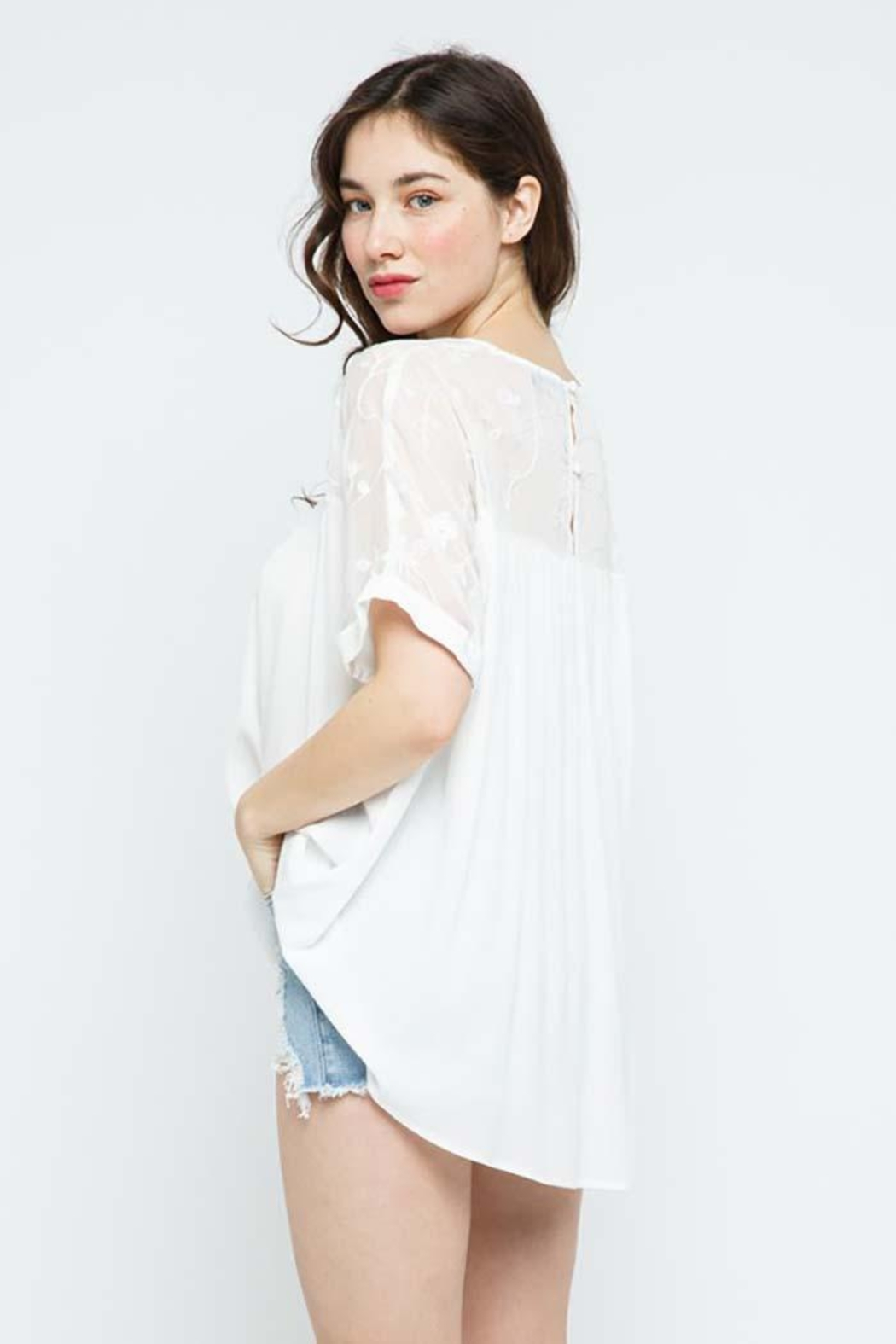 Blue B Embroidery Oversized Short Sleeve Top - Side Cropped Image
