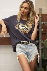 Blue Buttercup Leopard Lip Printed Loose Top - Front full body