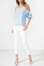 Urban Touch Bluefrill Coldshoulder Camitop - Front cropped