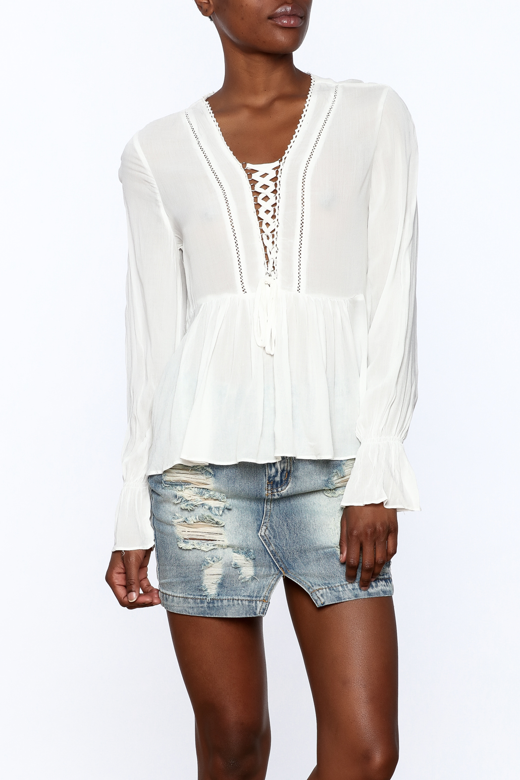 Blush Noir Lightweight White Top - Front Cropped Image