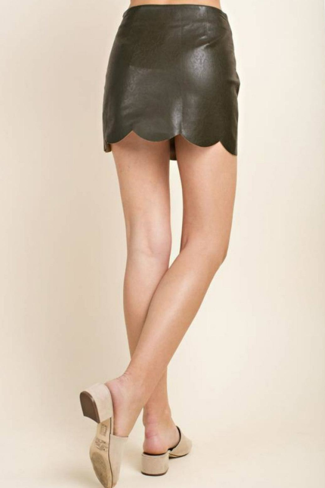Blushing Heart Scallop Faux-Leather Mini - Side Cropped Image
