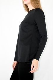 A'Nue Ligne Boatneck Longsleeve Top - Front full body