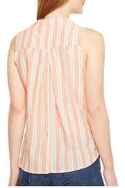 Bobeau Back Button Top - Back cropped