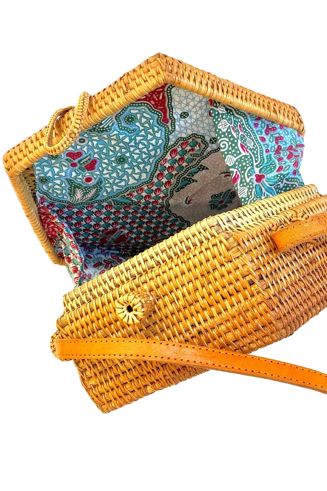 The Winding Road Boho Artisan Bag - Side Cropped Image