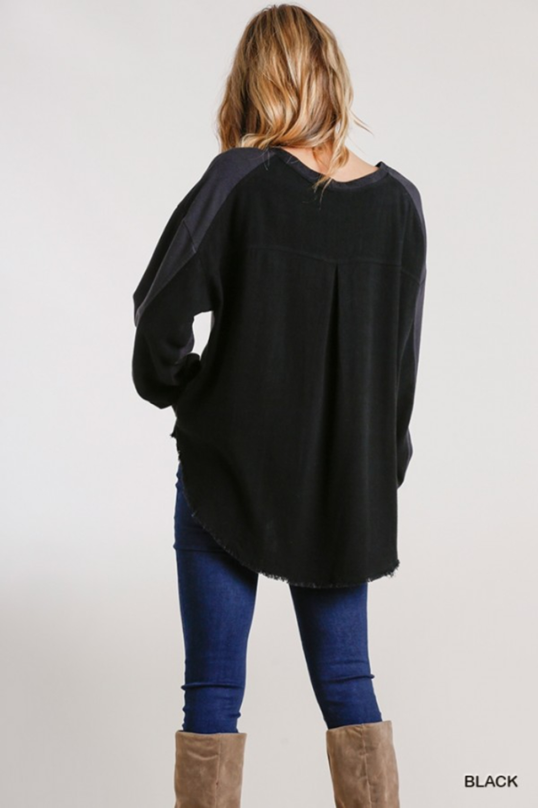 umgee  Boutique Layered Top - Side Cropped Image