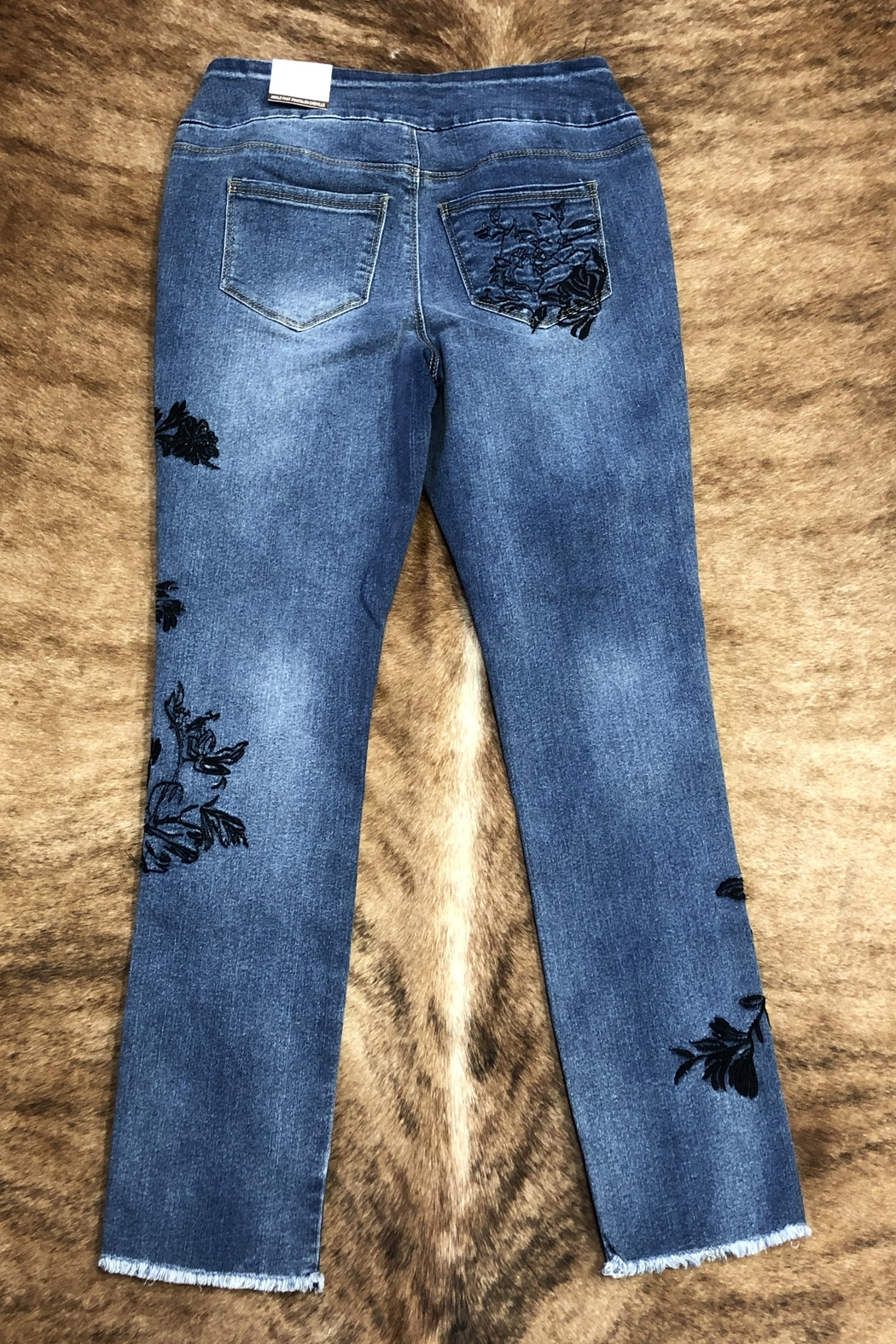 GG Jeans Boho Embroidered Jeans - Front Full Image