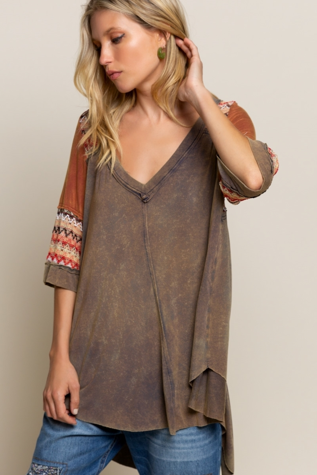 Pol Clothing BOHO Olive Brown Knit Top - Side Cropped Image