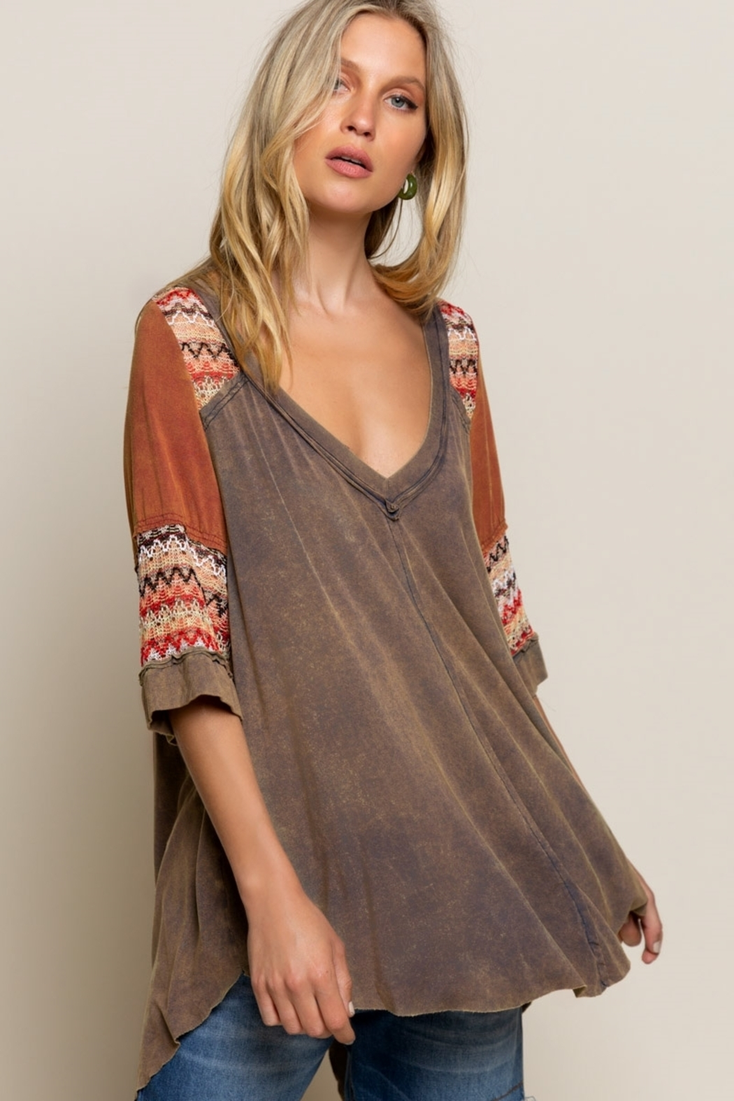 Pol Clothing BOHO Olive Brown Knit Top - Back Cropped Image