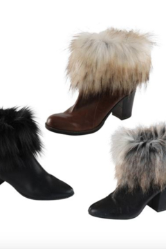 Fabulous Furs Boot Toppers - Alternate List Image