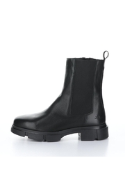 Bos & Co. Lock Boot - Black - Front cropped