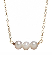 Bottleblond Jewels Three Pearl Necklace - Front cropped