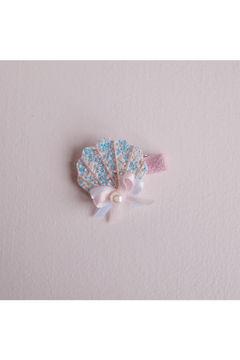 Great Pretenders  Boutique Sparkle Shell Hair Clip - Product List Image